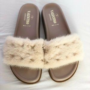 Valentino Garavani Mink Fur Slippers/Slides
